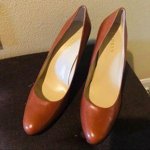 Lauren Ralph Lauren brown leather heels size 11B